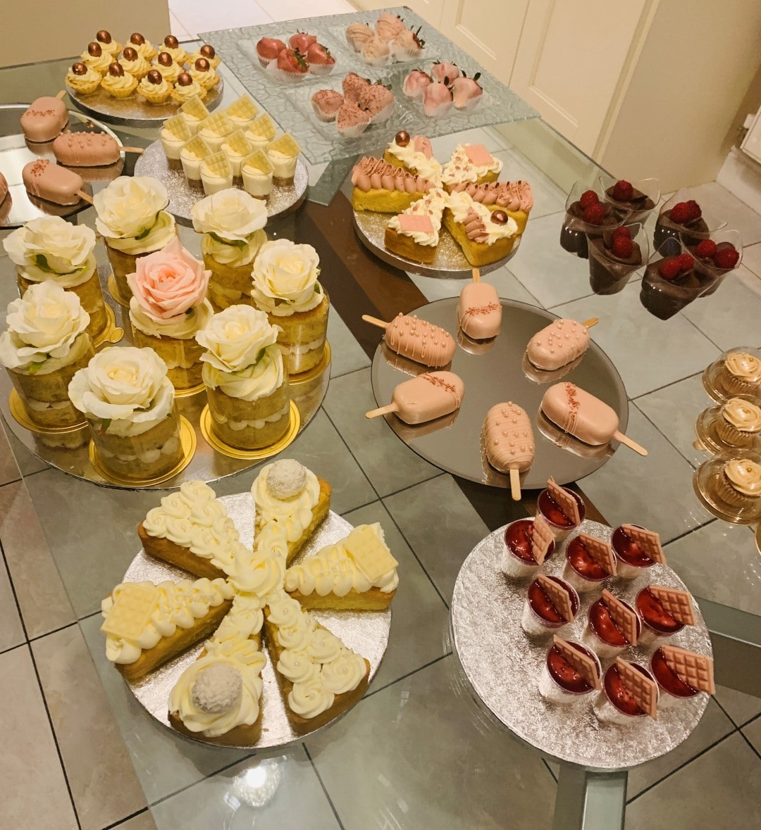cakes table