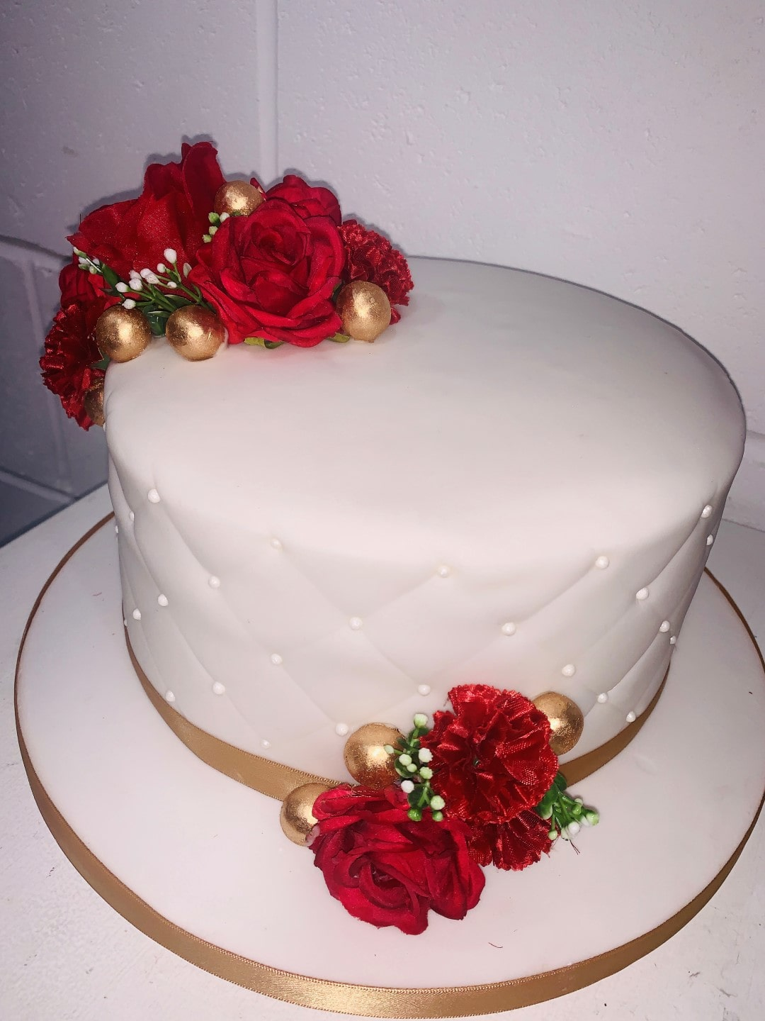 white icing wedding cake